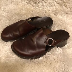 Timberland brown leather mule/clog